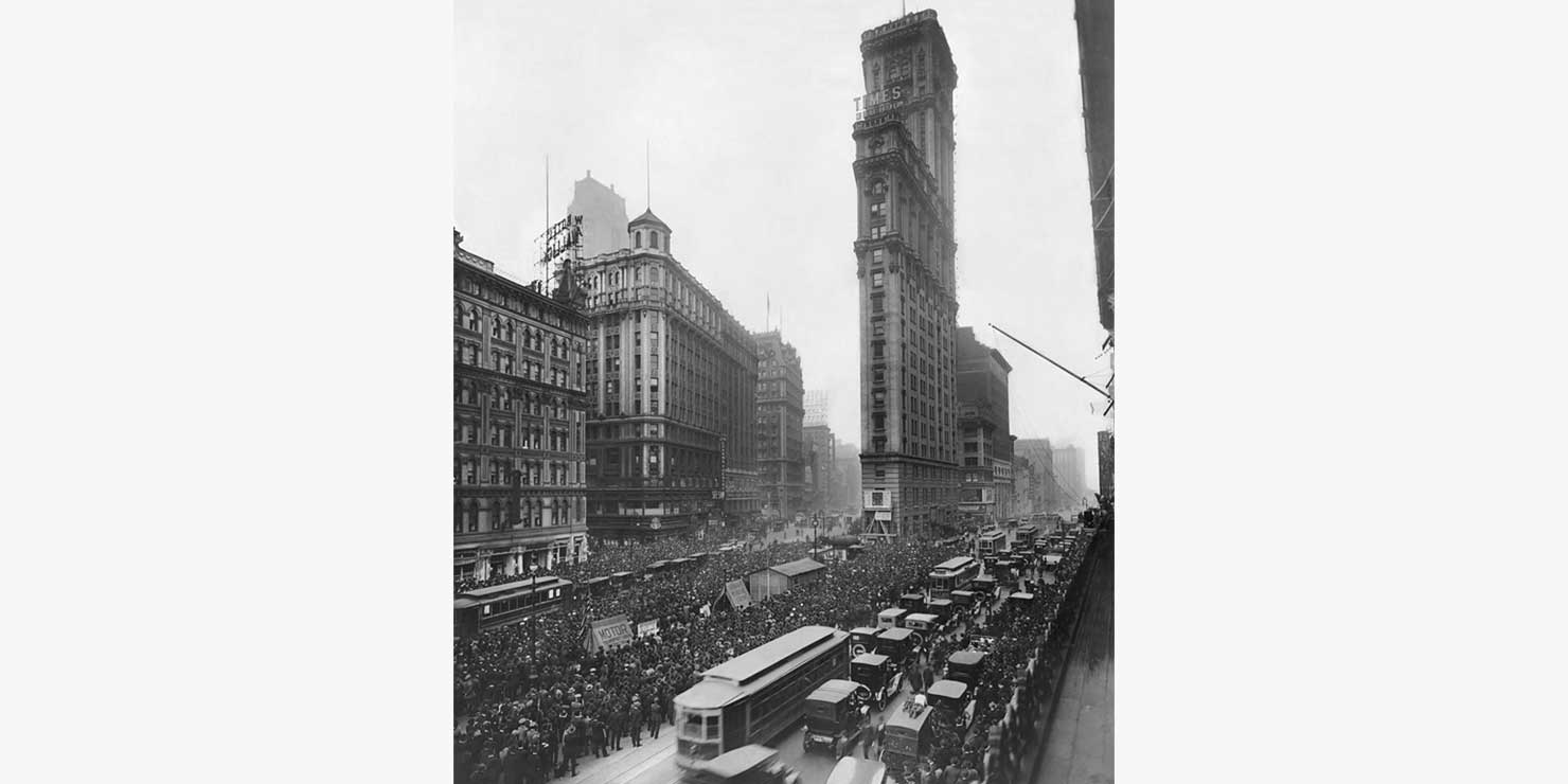 Crowds outside the Times Tower in 1919 to hear World Series results. Photo: Wikimedia Commons, the Brown Brothers.