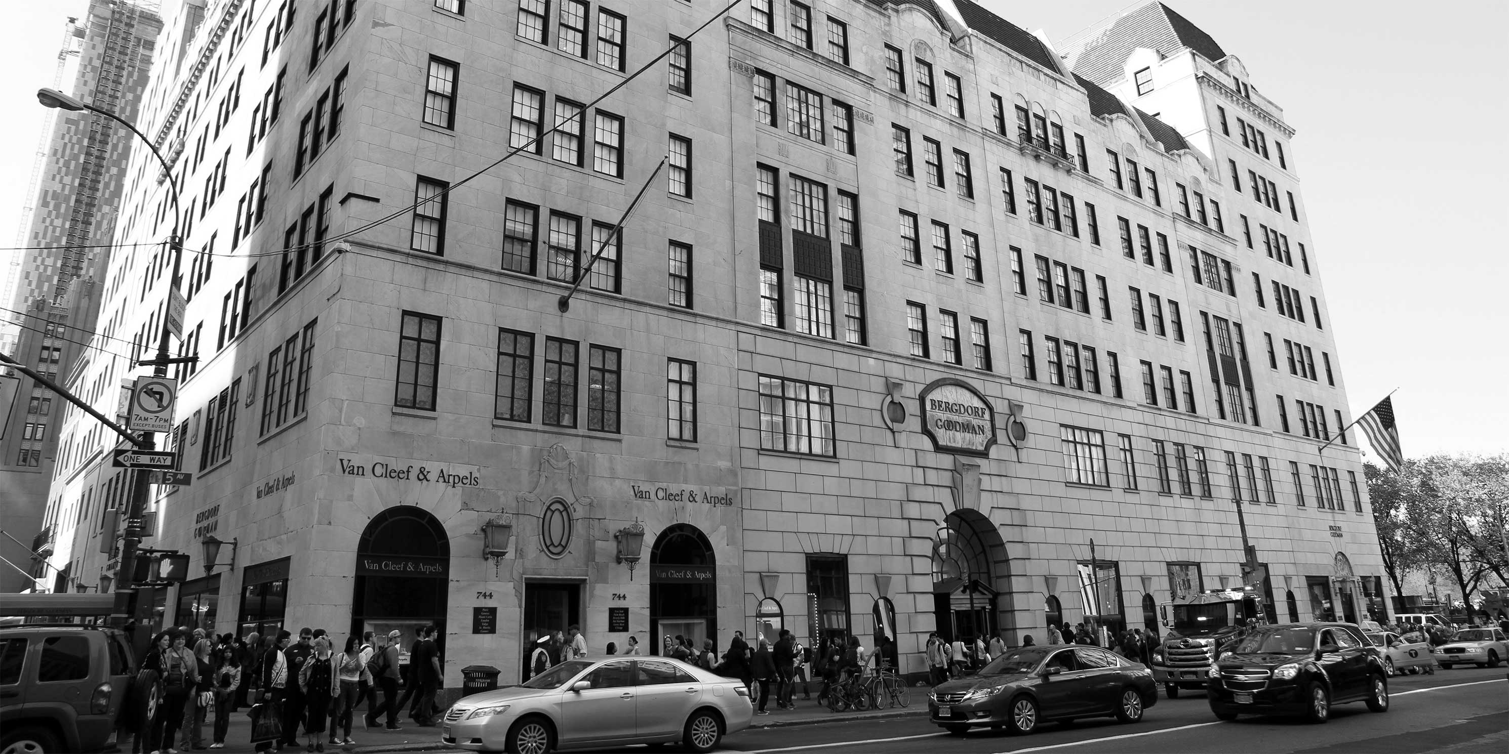 The Bergdorf Goodman store on Fifth Avenue in Manhattan. Photo: Wikimedia Commons, Ingfbruno.
