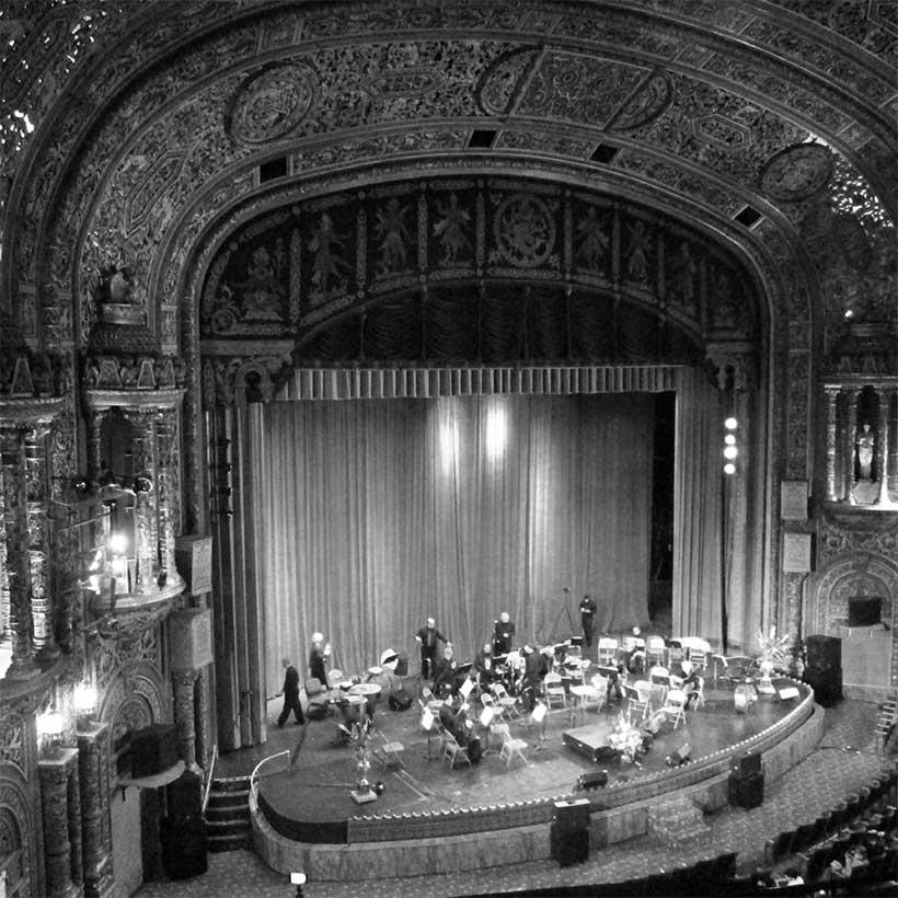 The 175th Street Loew's Wonder Theatre in the Washington Heights neighborhood of Manhattan. Photo: Wikimedia Commons, Beyond My Ken.
