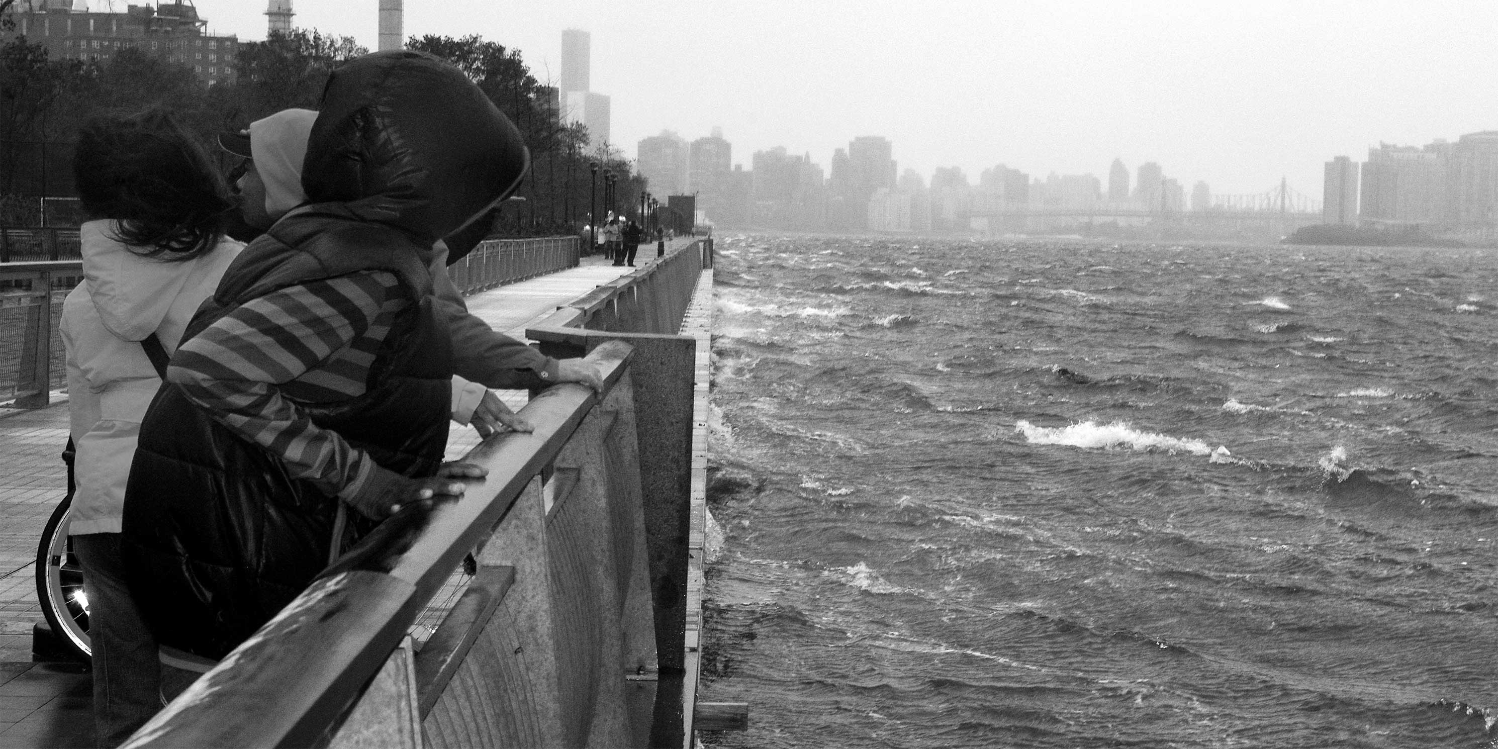The East River rising as Superstorm Sandy approaches Manhattan. Photo: Wikimedia Commons, David Shankbone.