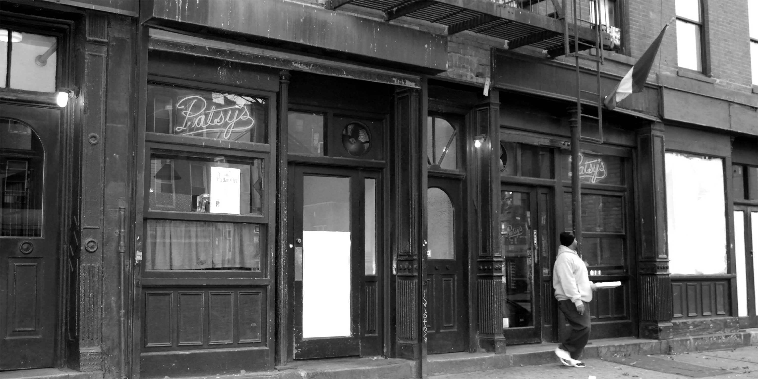 Patsy's Pizzeria in East Harlem. Photo: Wikimedia Commons, Paul Lowry.