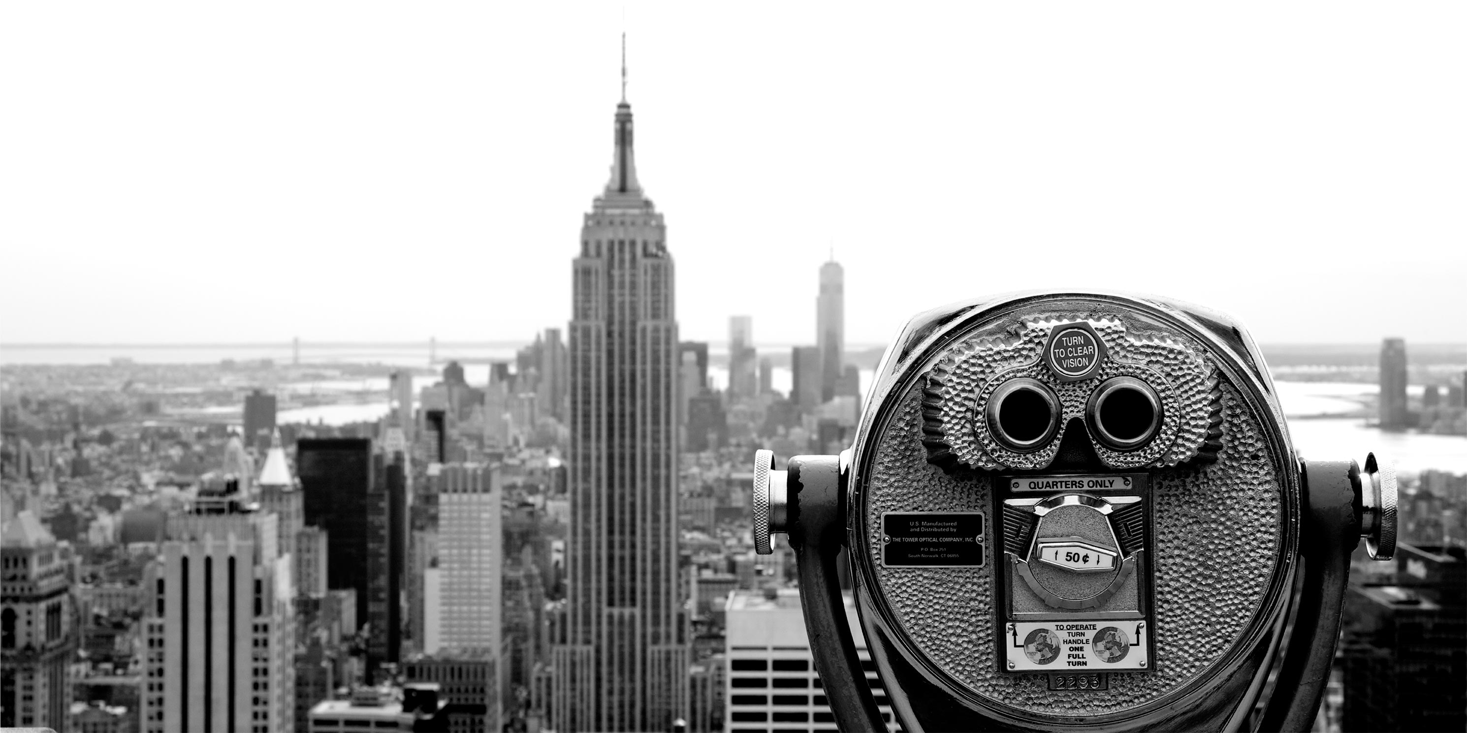 viewfinder telescope and Empire State Building in background