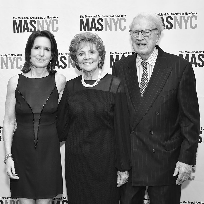 William vanden Heuvel and family at the 2016 Gala