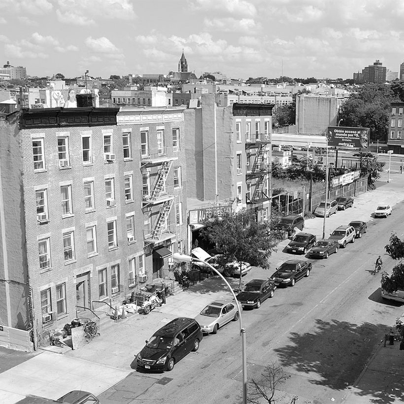 Street in Gowanus, Brooklyn, New York. Photo: Wikimedia Commons, hellroy.