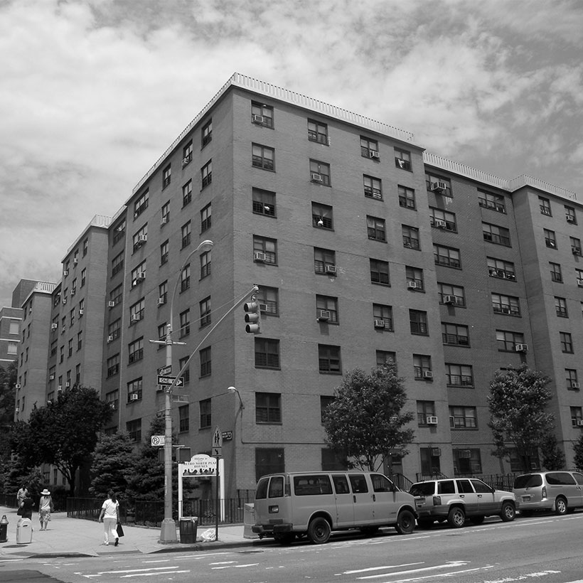 Exterior of the Plaza Houses in the East Harlem neighborhood of Manhattan. Photo: Wikimedia Commons, Jim Henderson.
