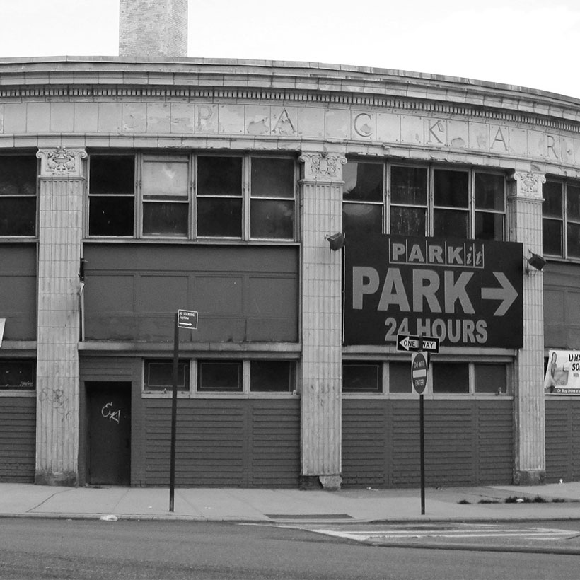 4650-64 Broadway, at the corner of Sherman Avenue in Washington Heights, is a former Packard dealership designed by Albert Kahn. Photo: Wikimedia Commons, Beyond My Ken.