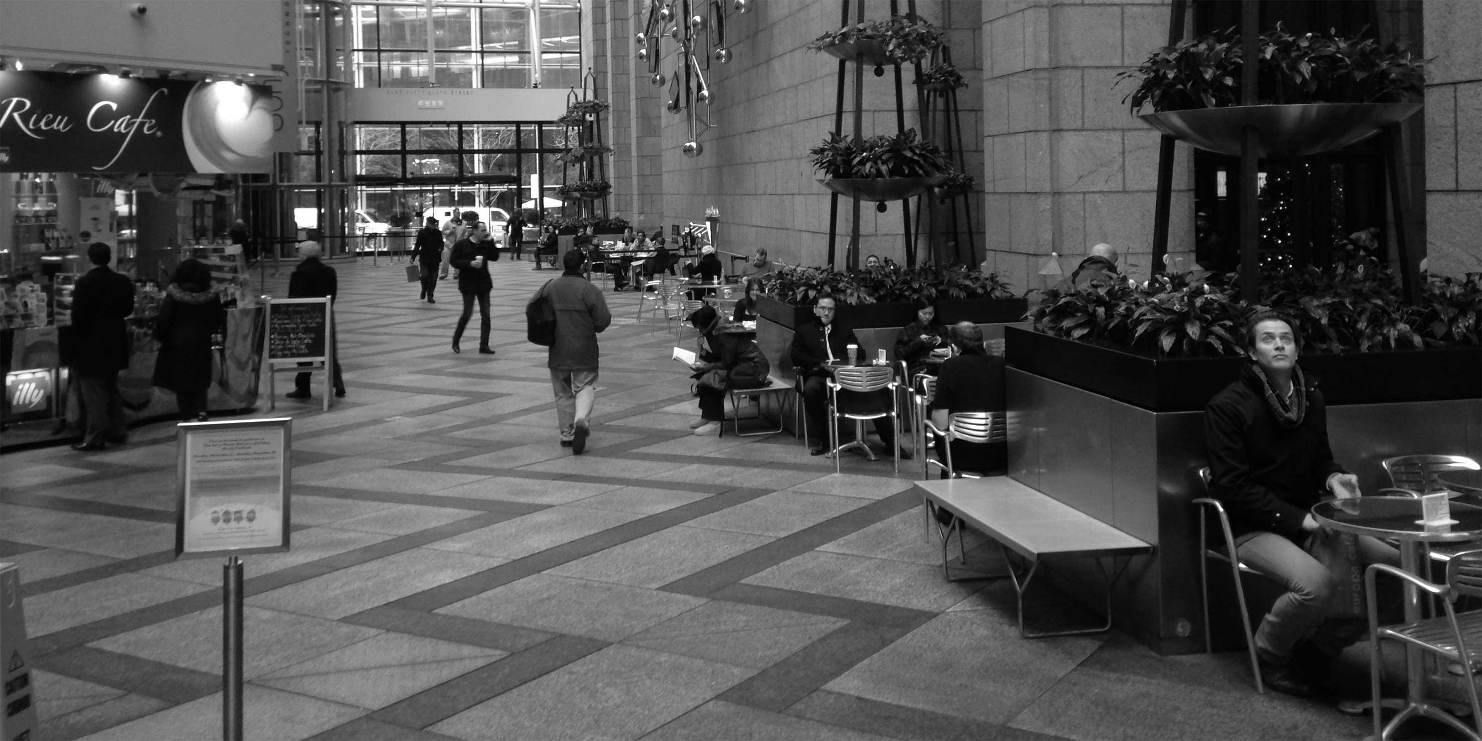 The lobby at 550 Madison Avenue. Photo: APOPS.