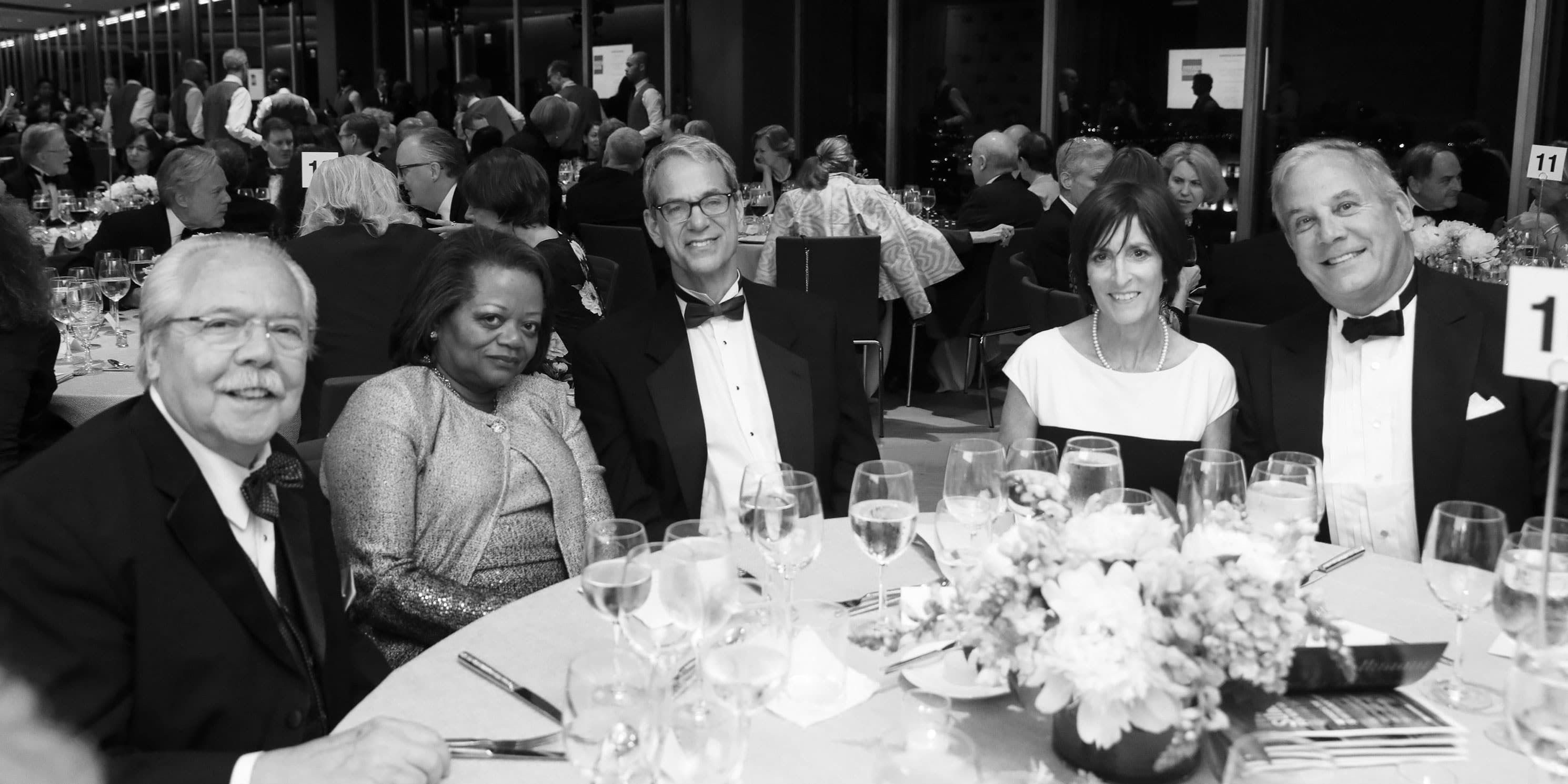 guests at dinner during the 2018 Gala
