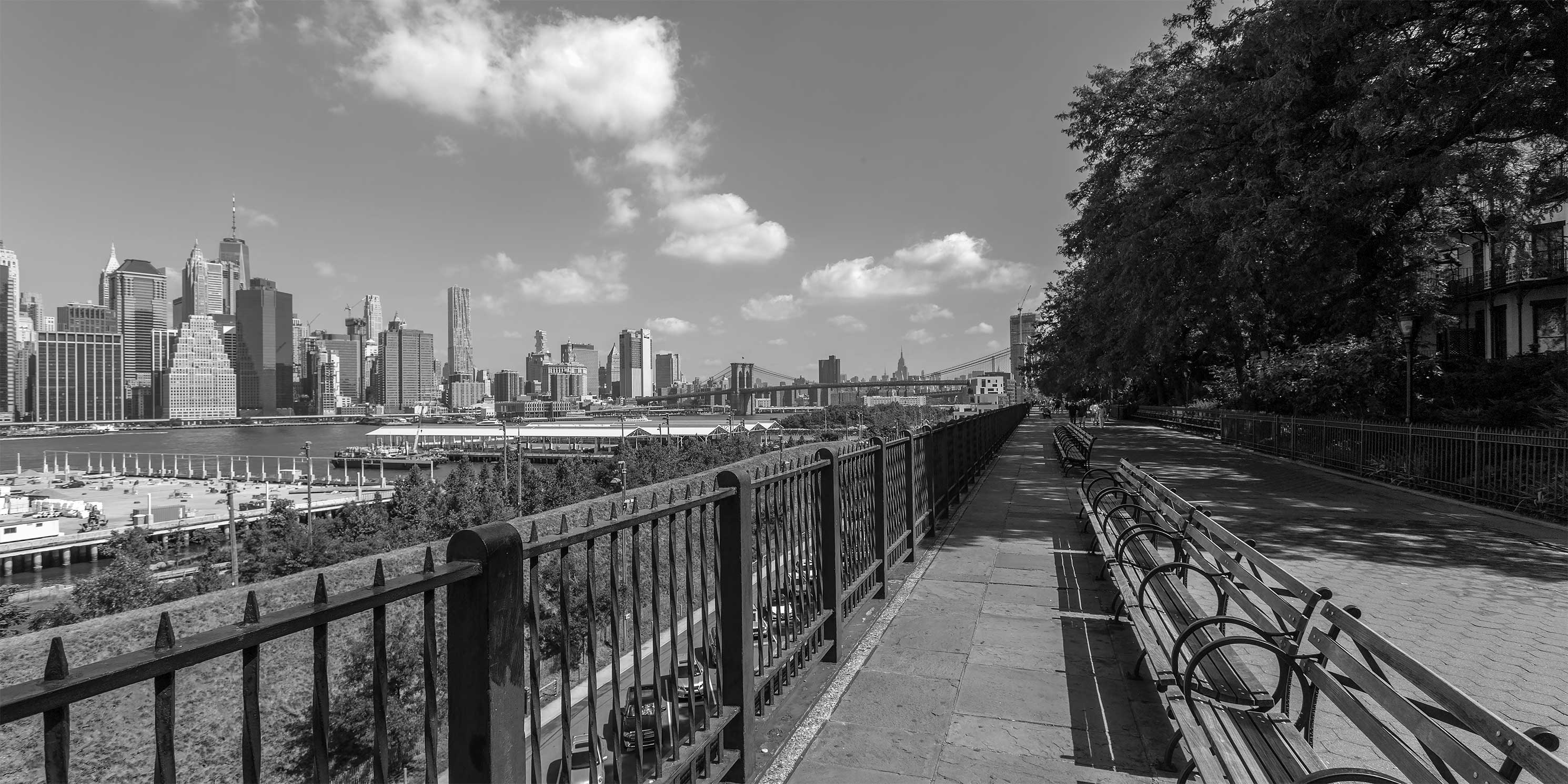 Brooklyn Heights Promenade on a sunny day