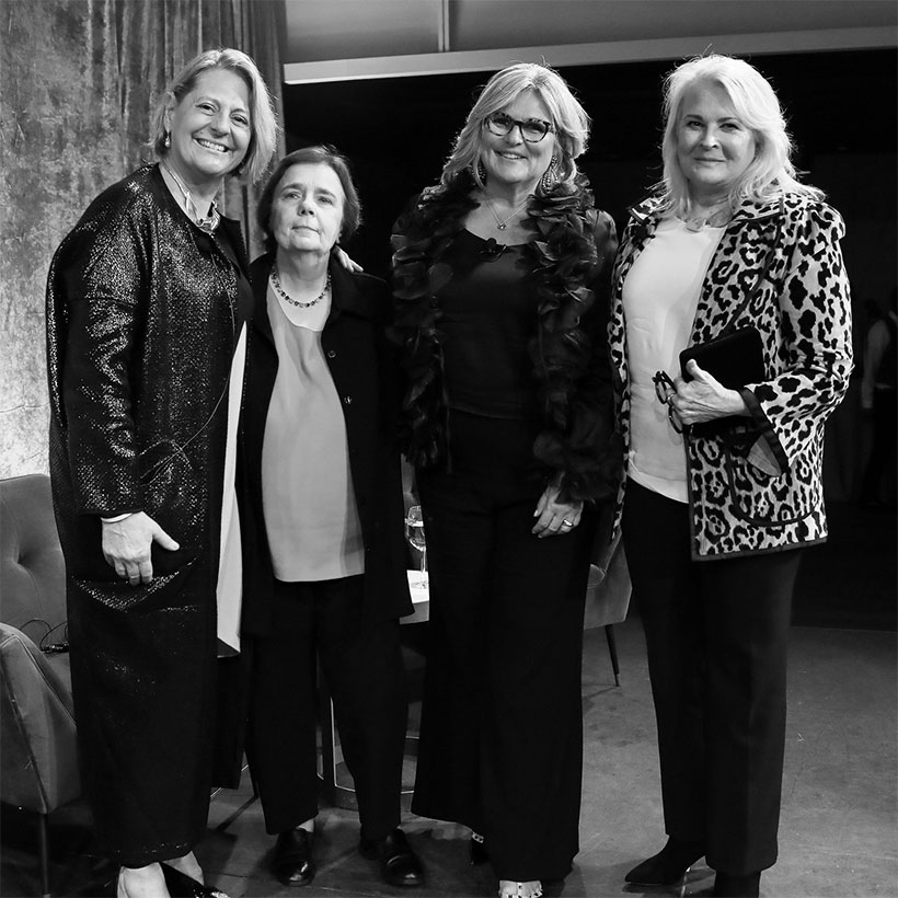group photo with Laura Walker, Gail Collins, Cynthia McFadden, and Candice Bergen