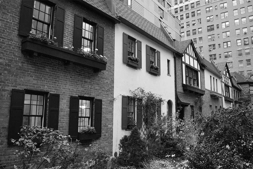 exterior of cottages on Pomander Walk