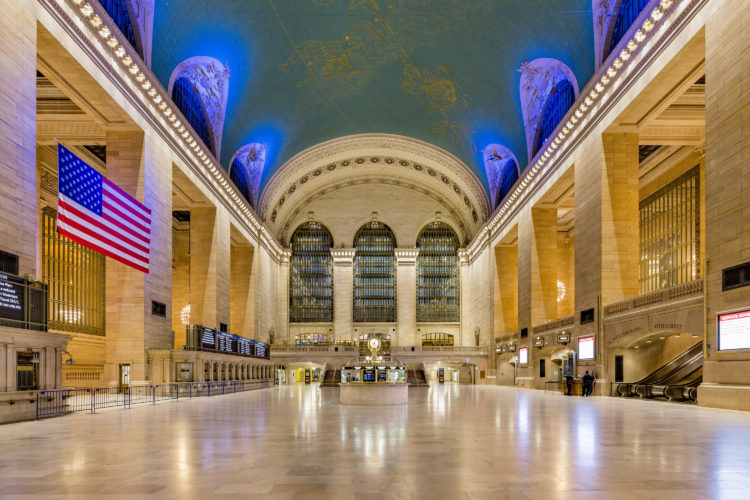 an empty Grand Central Terminal main concourse facing west