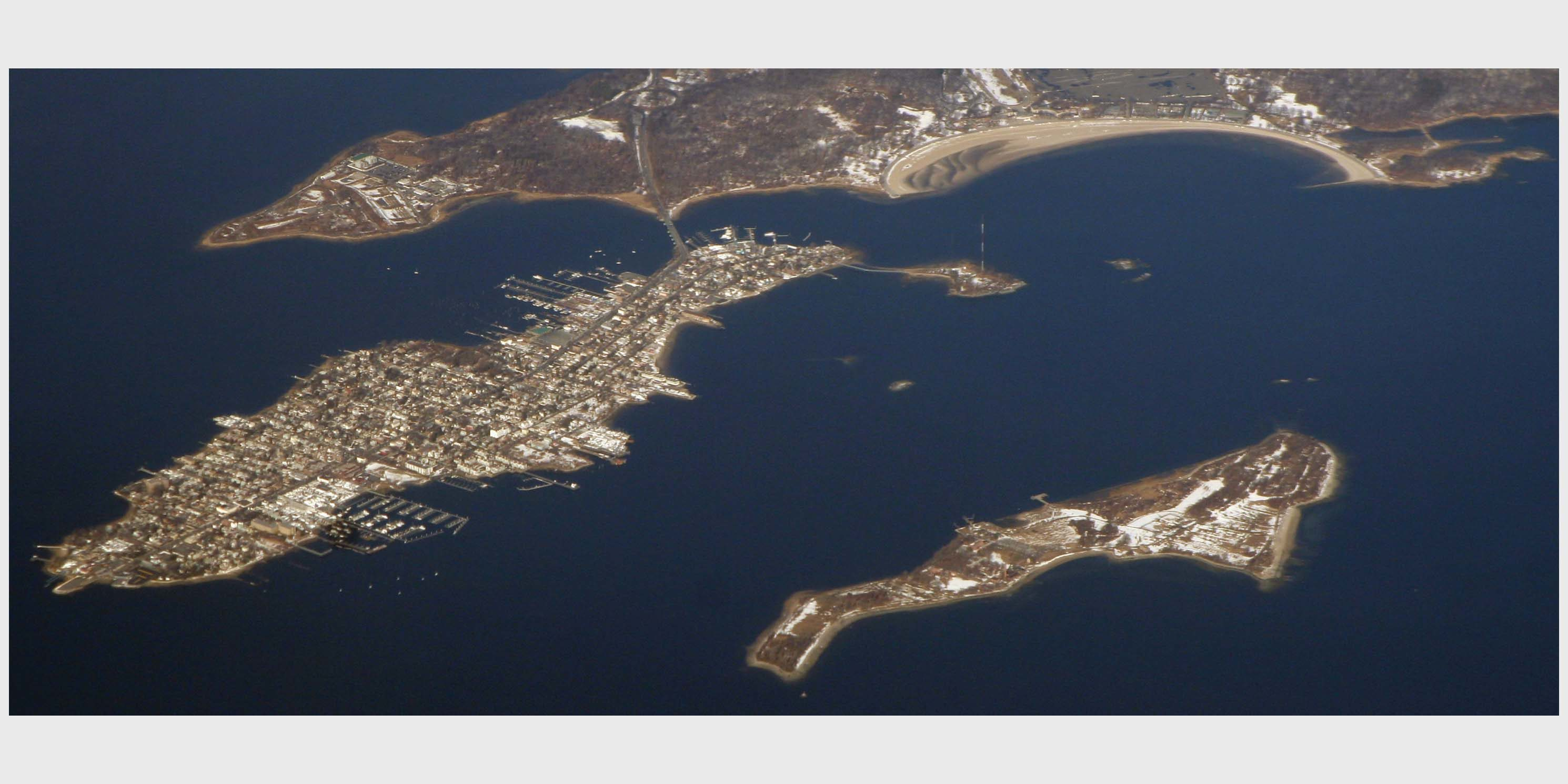 aerial of City Island and Hart Islands